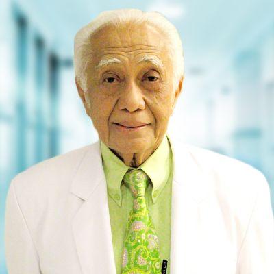 Prof. Dr. dr.   Karnen G. Baratawidjaja, SpPD,  K-AI, FINASIM, FAAAI